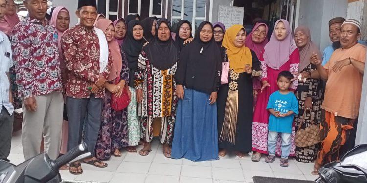 Pengurus dan anggota HIKKBAR Rayon Muaranibung