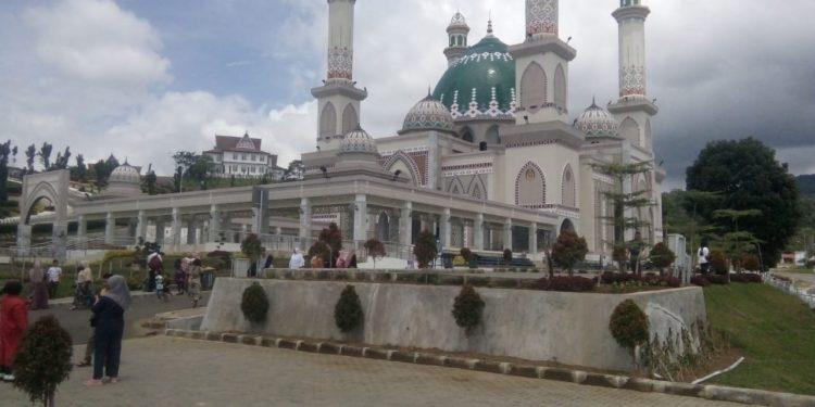 Masjid Agung Syahrun Nur